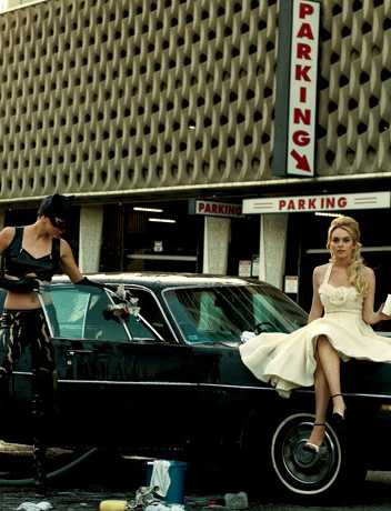 lindsay & catwoman, by peter lindbergh